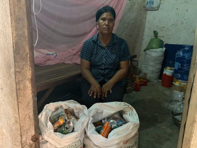 A Food Factory Worker with 10 Years of Experience Turns Waste Picker