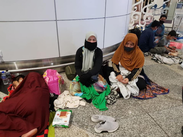 No Flights Available for Cambodians Stranded in Malaysia